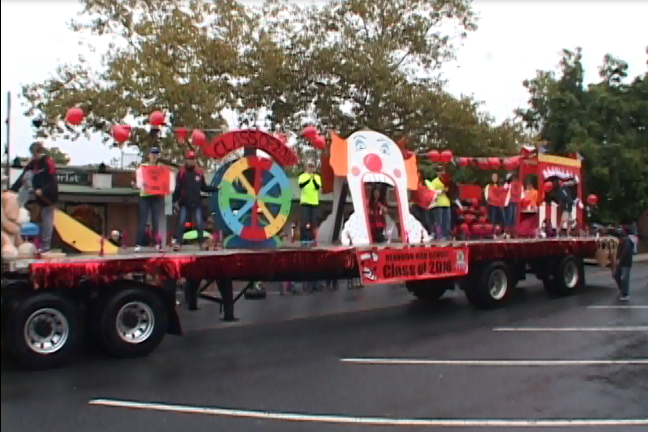 Float from Herndon Homecoming 2014